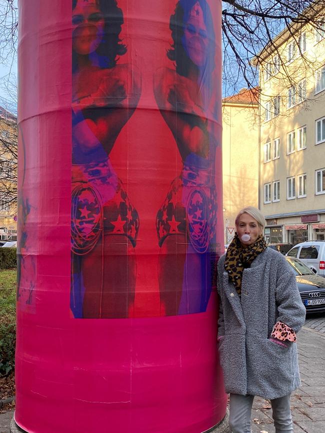 MUNICH POP ART 2020 – eine Open Air Ausstellung auf Litfaßsäulen